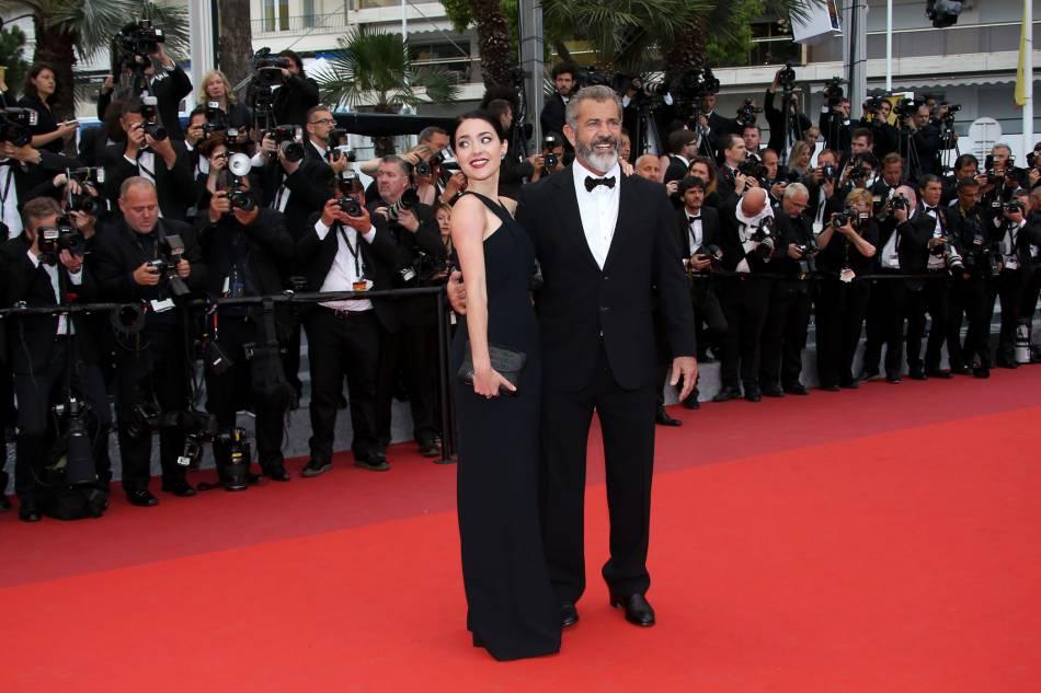 Mel Gibson et sa femme, lors de la dernière montée des marches du 69e Festival de Cannes.