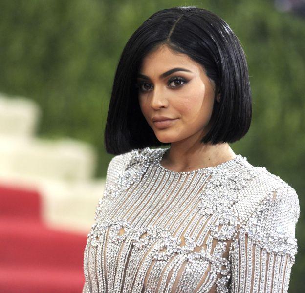Kylie Jenner, une bimbo 100% fake ?