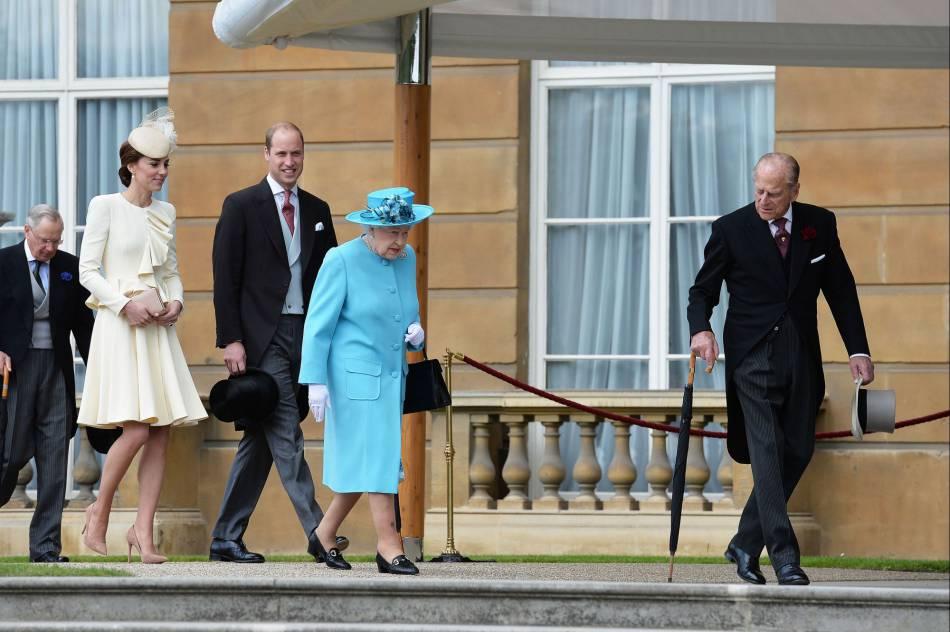 Kate Middleton est suffisamment proche de la reine pour lui soumettre sa propre liste d'invités lors des garden parties de Buckingham Palace.