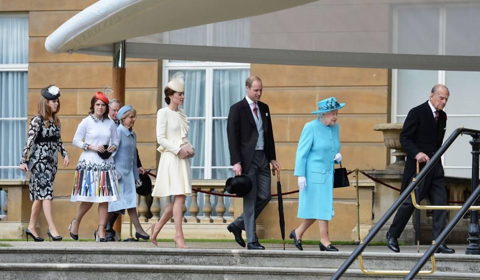 Kate Middleton a participé à la dernière garden party de Buckingham, en compagne de son mari William et des princesses Eugénie et Beatrice d'York.