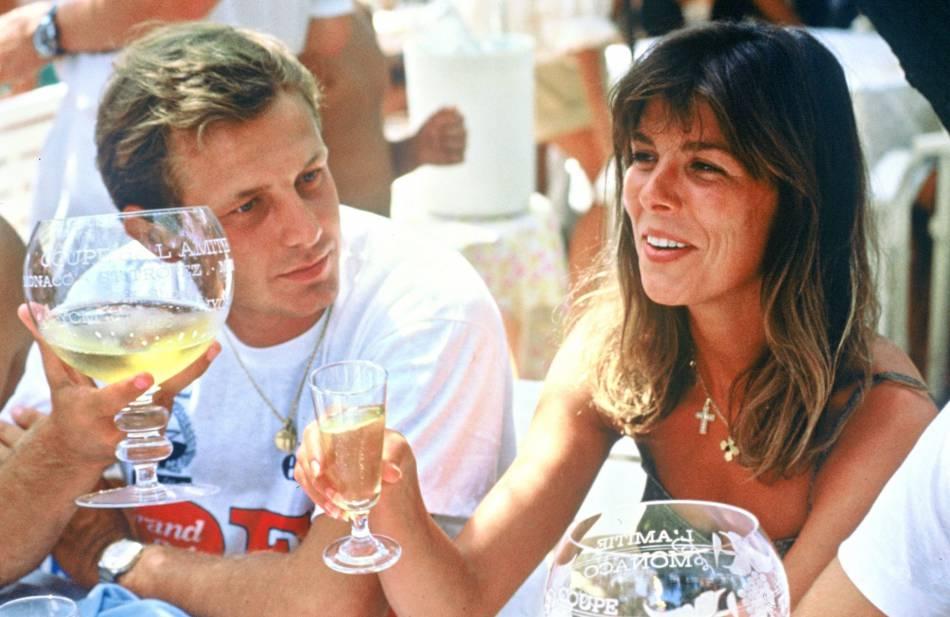 Stefano Casiraghi et Caroline en août 1990. L'Italien est décédé des suites d'un accident de hors-bord en octobre de la même année.