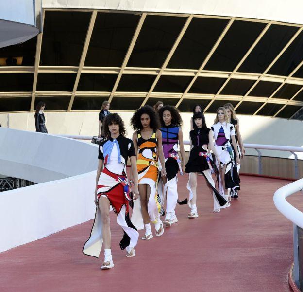 Louis Vuitton présente son défilé Croisière à Rio.