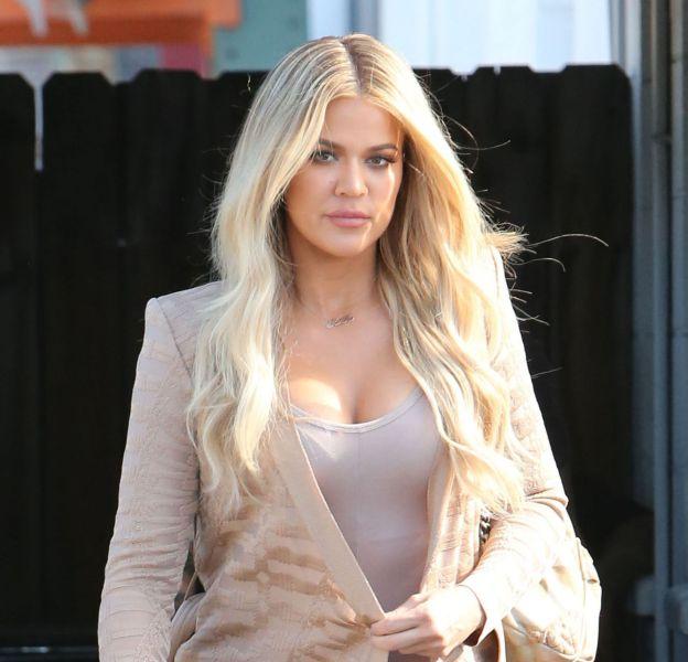Khloe Kardashian fait grimper la température sur Snapchat.