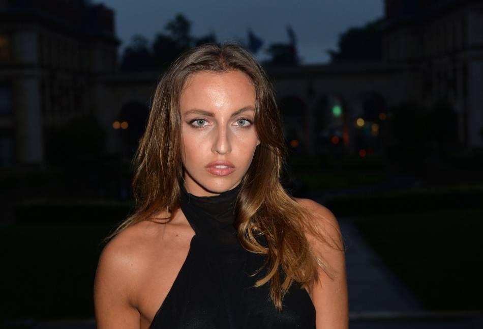 Carla Ginola Est Passionee De Mode Et Se Voit Bien Faire Carriere Dans Le Monde Des Affaires