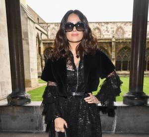 Salma Hayek au défilé Gucci Croisière 2017 à Westminster à Londres le 2 juin 2016.