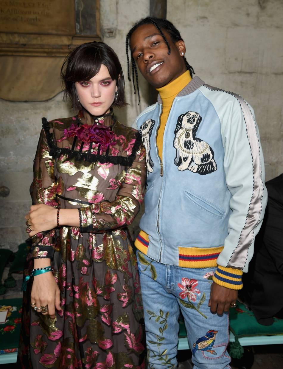 Soko et A$AP Rocky au défilé Gucci Croisière 2017 à ...