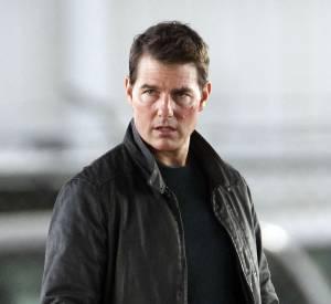 En vérité, Tom Cruise ne doit pas être en contact avec des anciens membres de la communauté scientologue, Katie Holmes étant considérée comme tel.