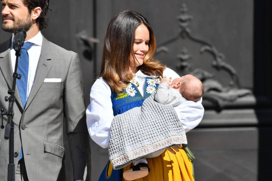 Sofia de Suède, fière et comblée avec son fils, Alexander.