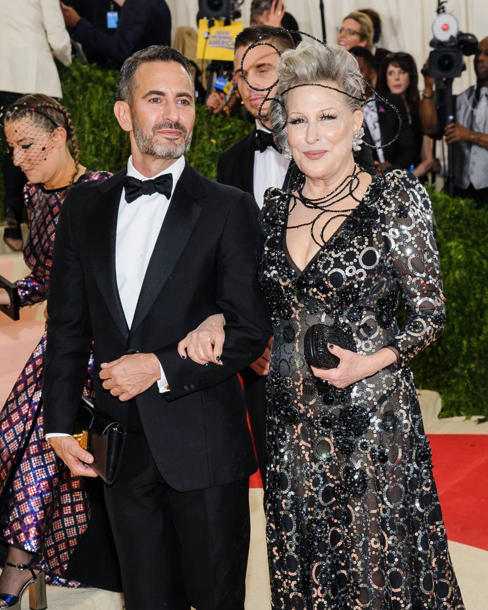 Marc Jacobs et  Bette Midler à la soirée Costume Institute Benefit Gala 2016.