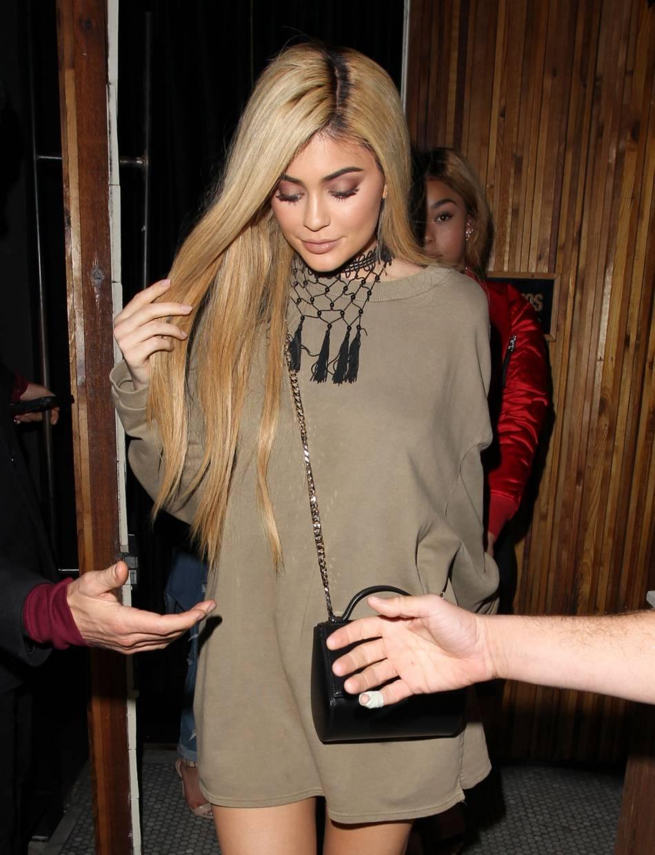 Kylie Jenner a été blonde quelque temps.