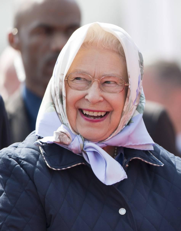 Elizabeth II est une excellente danseuse avec le rythme dans la peau, selon Lady Elizabeth Anson, une cousine.