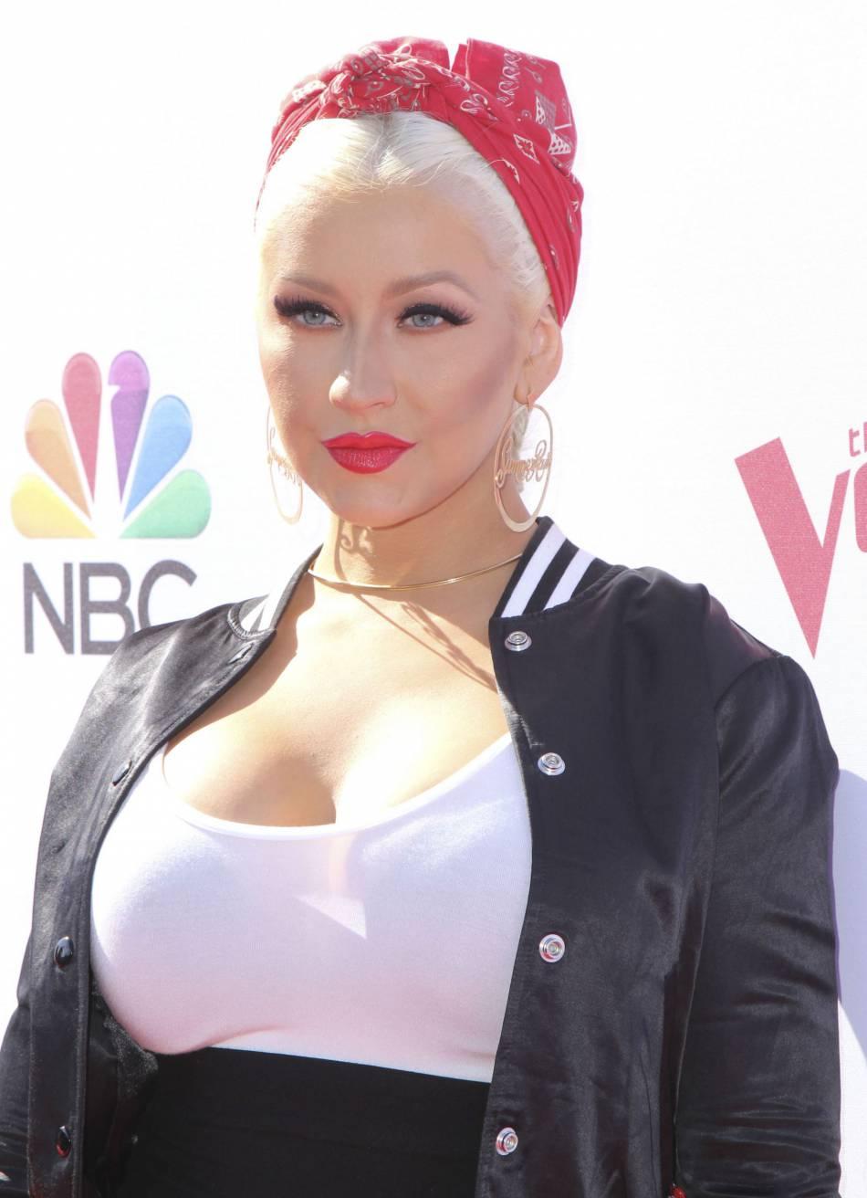 Christina Aguilera a partagé une photo de sa métamorphose capillaire sur Instagram : ses followers sont conquis.