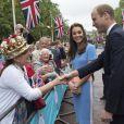 """Les festivités organisées pour l'anniversaire de la reine Elizabeth II ont été clôturées par le """"Patron Lunch"""", un pique-nique géant sur """"The Mall""""."""