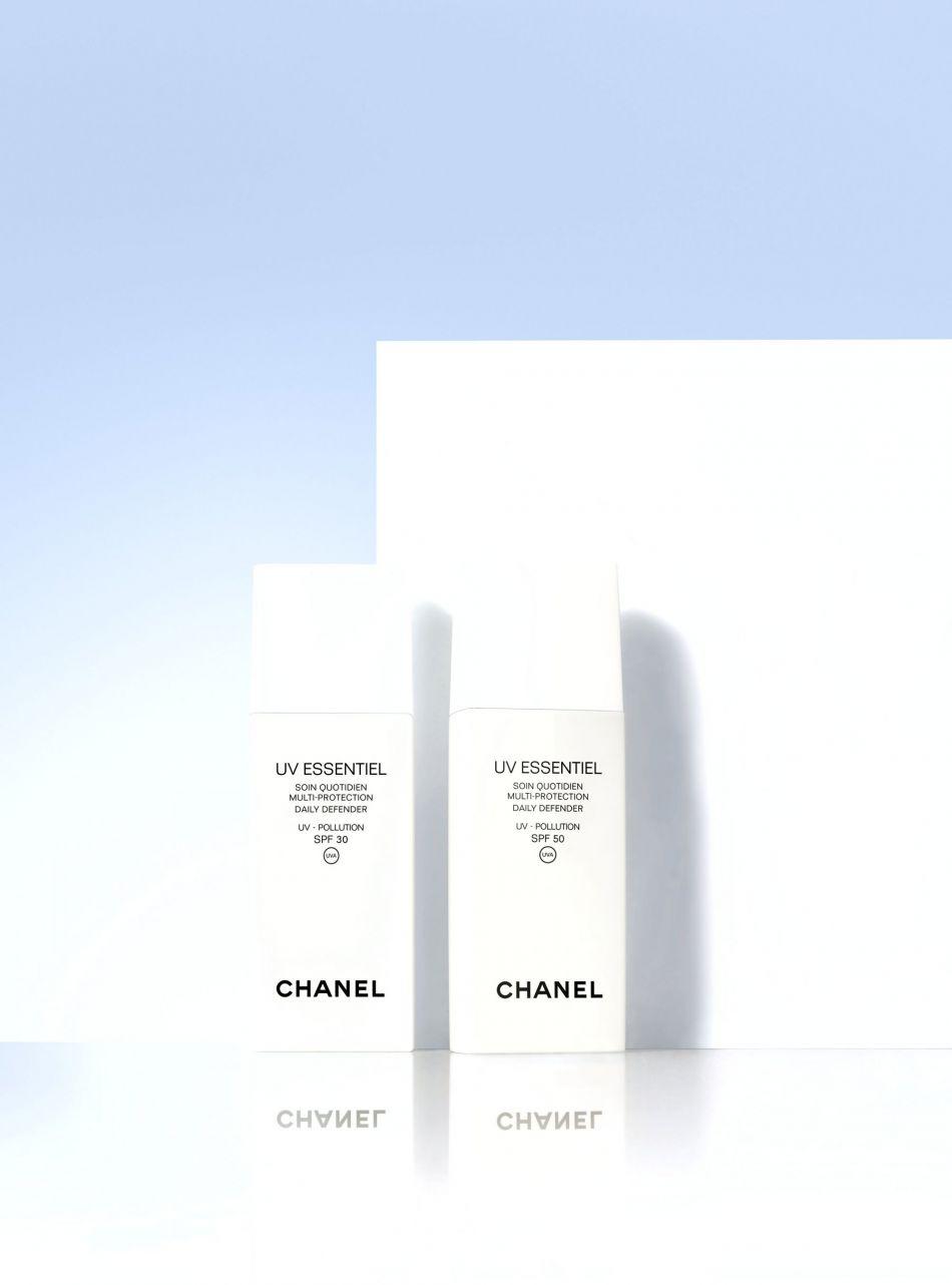Crème UV essentiel qui fait un effet soin et protège de la pollution, Chanel, 53€ .