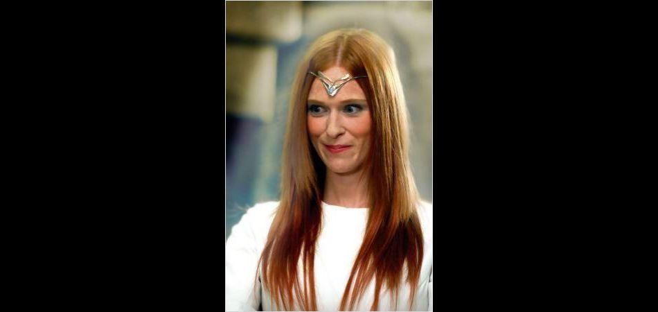 """L'actrice de 38 ans a débuté sa carrière dans la série d'Alexandre Astier, """"Kaamelott"""". Elle y jouait le rôle de la Dame du Lac."""