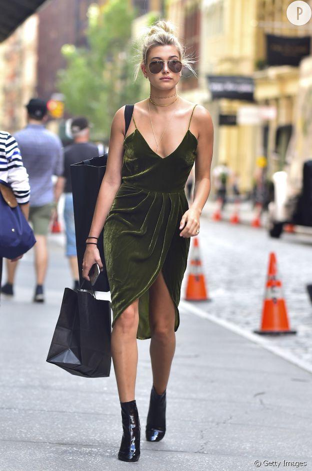 La robe en velours version été est aussi une pièce à adopter.
