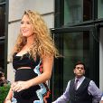 Blake Lively en Versace.