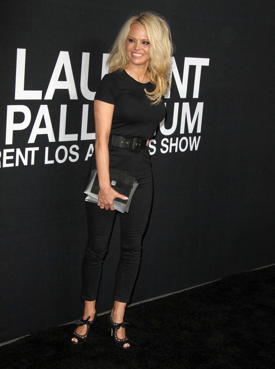 Pamela Anderson affole Instagram, mais tient surtout à faire passer un message.