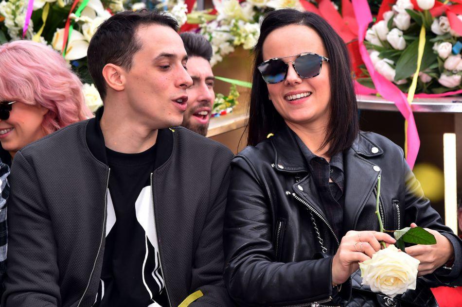 alize et grgoire lyonnet ont dvoil des photos de leur mariage en corse - Mariage Alizee