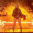 Accomapgnée de ses danseurs, Beyoncé accomplit un show extraordinaire !