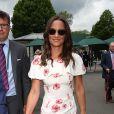 Pippa Middleton, toujours aussi athlétique et bronzée, pour une apparition remarquée à Wimbledon.