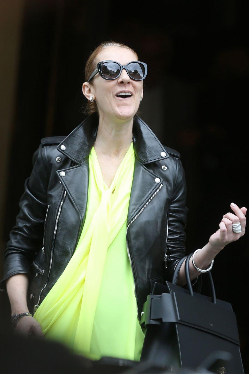 Céline Dion remonte la pente, depuis la disparition de son mari en janvier dernier.