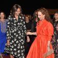 Lalla Salma du Maroc a accueilli Michelle Obama sur le tarmac de l'aéroport de Marrakech à l'aube.