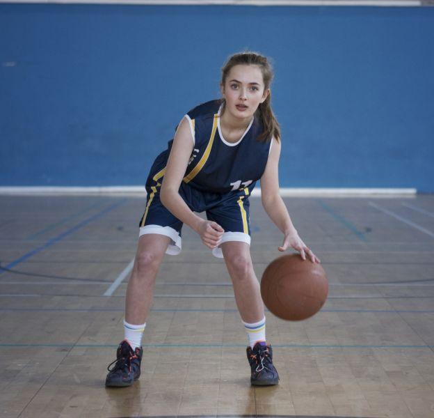 Always lance pour la troisième année consécutive la campagne #CommeUneFille, pour encourager les jeunes filles à ne pas lâcher le sport et prendre confiance en elles.