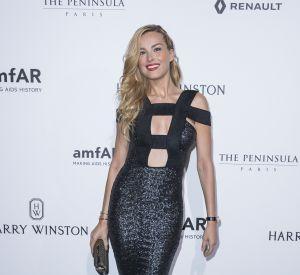 Petra Nemcova a sorti la robe à paillettes pour ce dîner de gala.