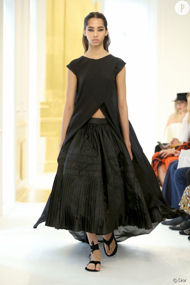 Le noir et blanc était le maître mot de ce défilé Dior Haute Couture.