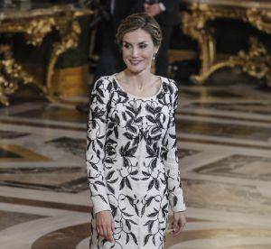 Letizia d'Espagne : robe noire et blanche à Madrid