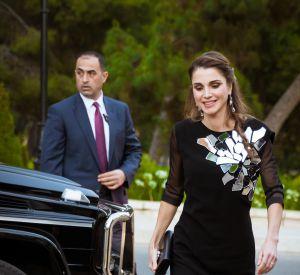 La reine Rania de Jordanie en sublime robe à sequins aux côtés de son mari le roi Abdallah II.