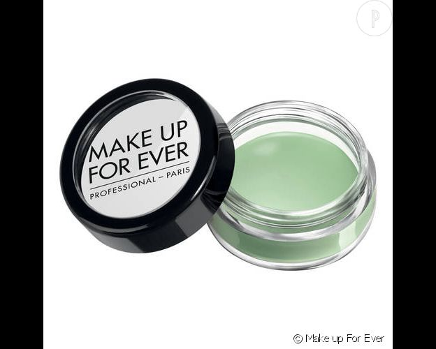 Make Up For ever, Correcteur de teint, 19€.