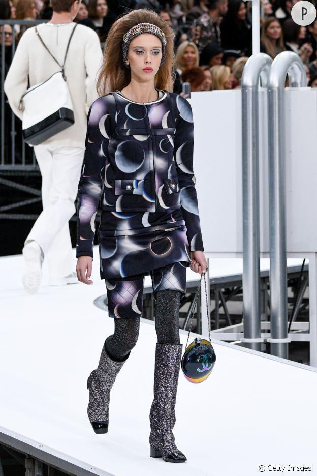 Chanel s'inspire de l'imprimé cosmique.