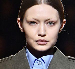 Le look no sourcils serait-il en passe de devenir tendance ?