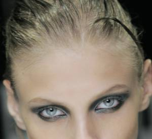 Nom : Anna Selezneva Agence : SILENT Nationalité : Russe Age : 21 ans Taille : 1m77 Mensurations : 81/60/89
