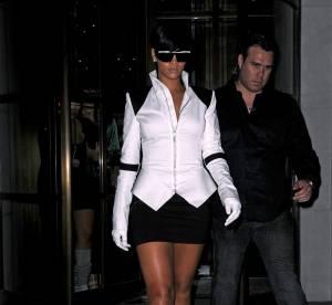 Rihanna en veste Gareth Pugh