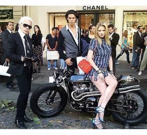 Lara Stone en mode B.B. pour Chanel