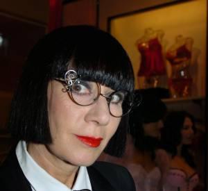 Le même look inchangé en 2004, Chantal Thomass a réussi à imposer son style comme une signature...