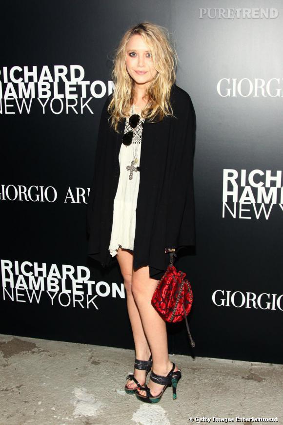 Mary Kate Olsen a répondu à l'appel de l'art...sans sa soeur.
