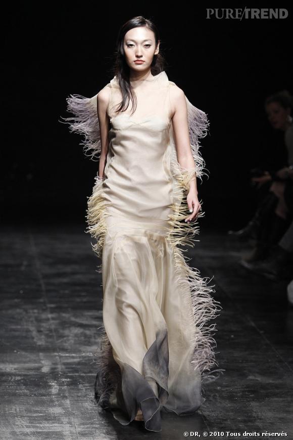 Défilé Haute Couture Printemps-Eté 2010, calendrier off : Julien Fournié