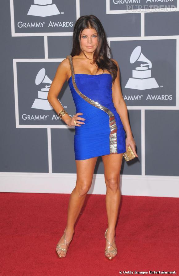 Fergie, bomba en Emilio Pucci, lors des Grammy Awards 2010 à Los Angeles