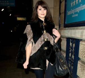 Gemma Arterton : une James Bond Girl en ville... A shopper !
