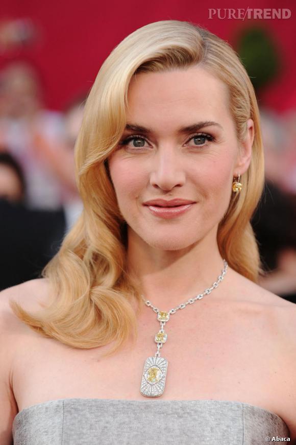 Très sobre, la chevelure à peine crantée, Kate est sublime.