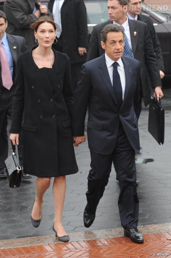 Carla Bruni visite l'université de Columbia aux côtés de Nicolas Sarkozy
