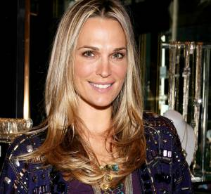 Molly Sims: quand la blonde sexy joue les mamies !