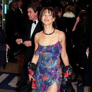 1999, Le monde ne suffit pas : la Française Sophie Marceau n'a fait qu'une bouchée de James Bond, incarné par Pierce Brosnan.
