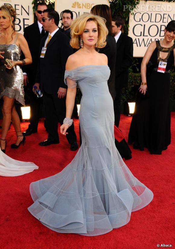 Drew Barrymore, brushing et robe de diva pour les Golden Globes