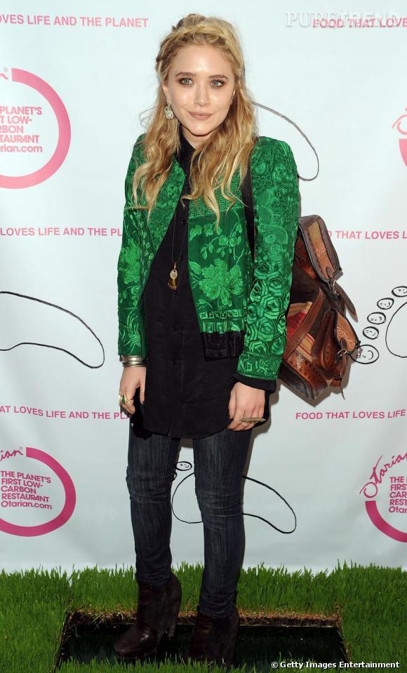 Mary Kate Olsen lors de l'ouverture du restaurant Otarian, à New York