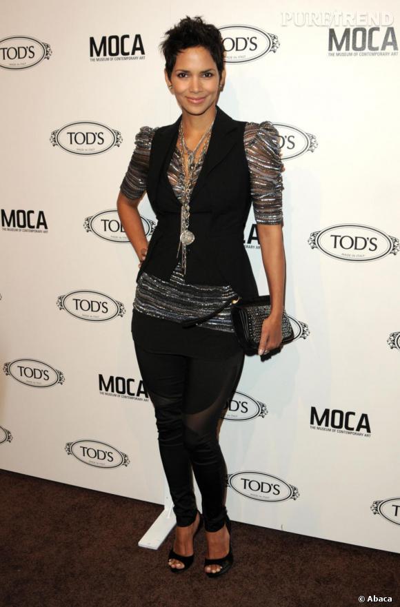 Halle Berry adopte un look très punky chic en succombant à la créatrice française Isabel Marant.